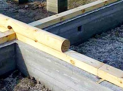 древесная баня и фундамент