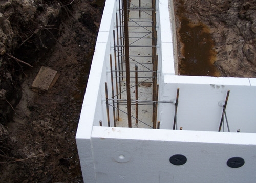 Как залить фундамент под гараж1
